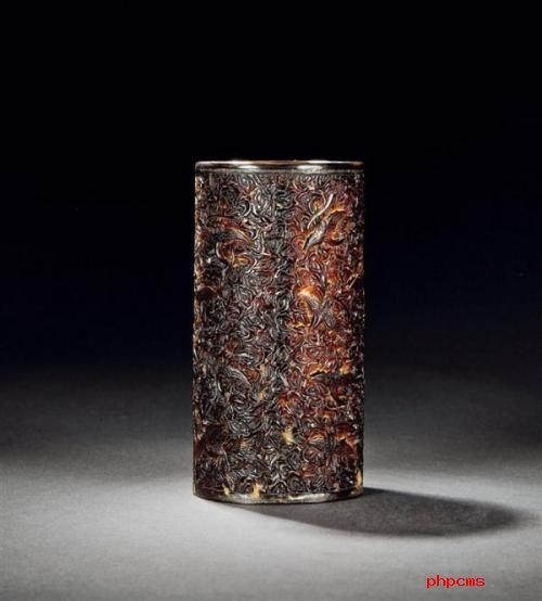什么样的笔筒有收藏价值?著名的竹刻笔筒名家有哪些?