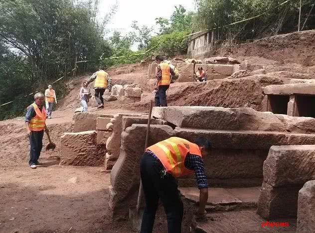 璧山区六棋乐园发现的明代墓葬