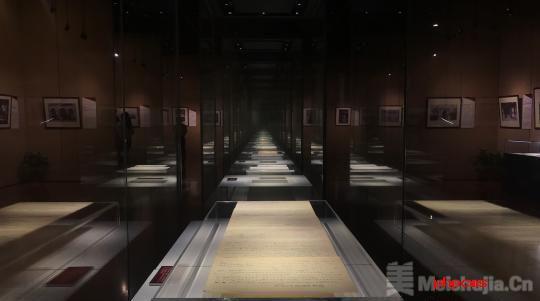 """'俯首·横眉'——鲁迅生命的瞬间""""展亮相上海鲁迅纪念馆"""