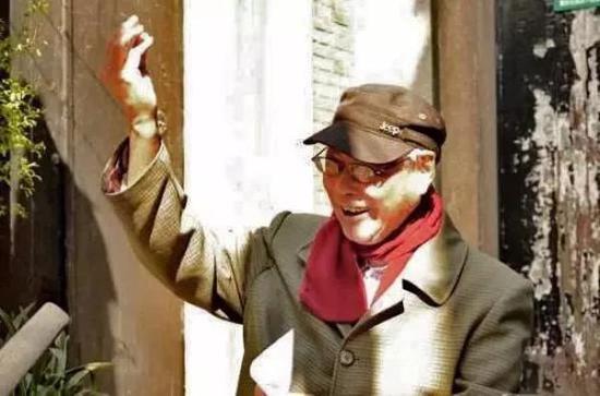知名连环画家王亦秋辞世,享年94岁,曾被尊为百变画叟