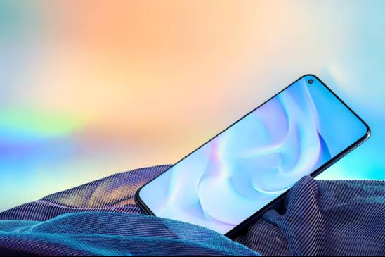 超级闪充+轻巧机身,5G手机认准OPPOReno4SE